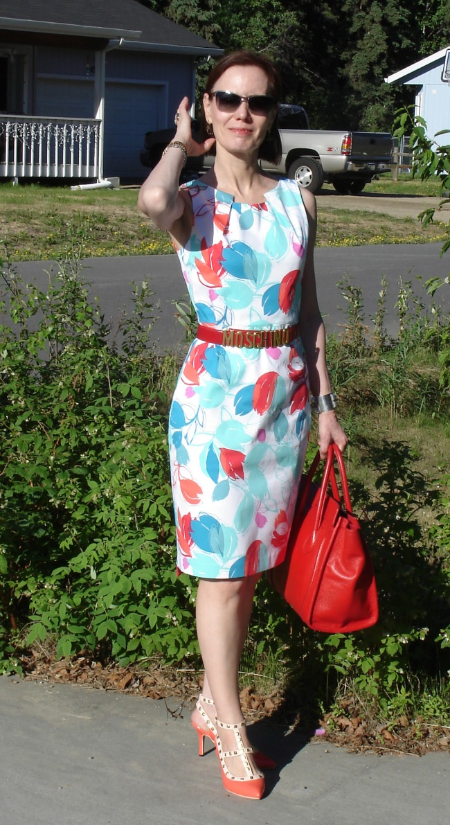 fashion over 40 floral sheath for work meeting