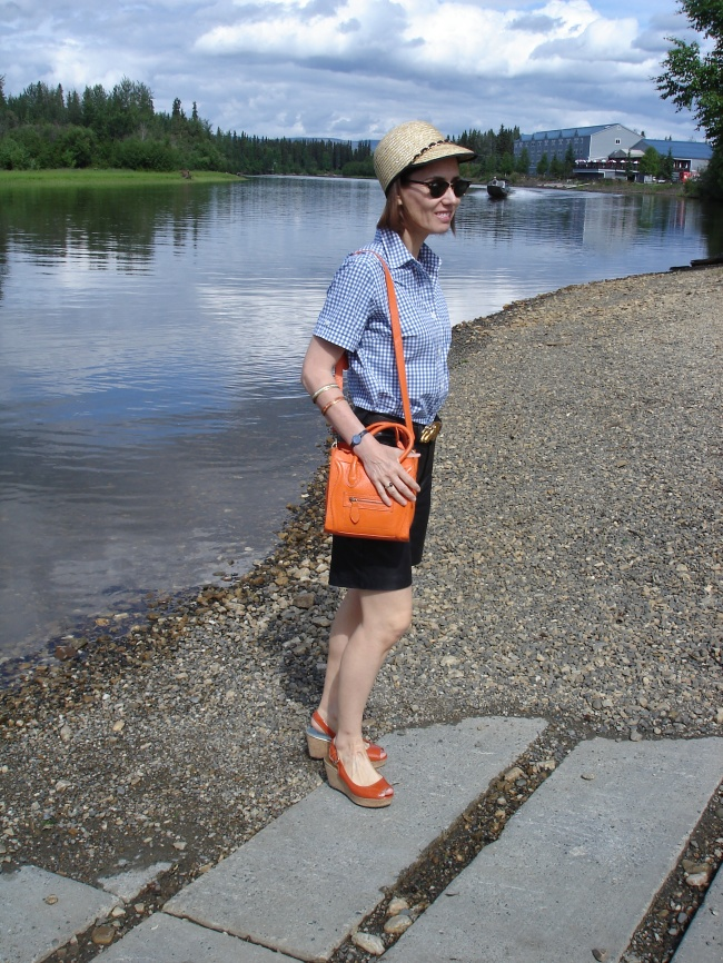 fashionover40 weekend look with leather shorts