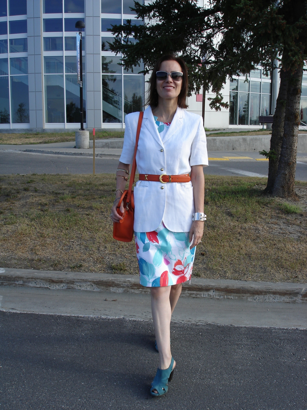 #over40 how to wear a summer sheath in fall | High Latitude Style | http://www.highlatitudestyle.com