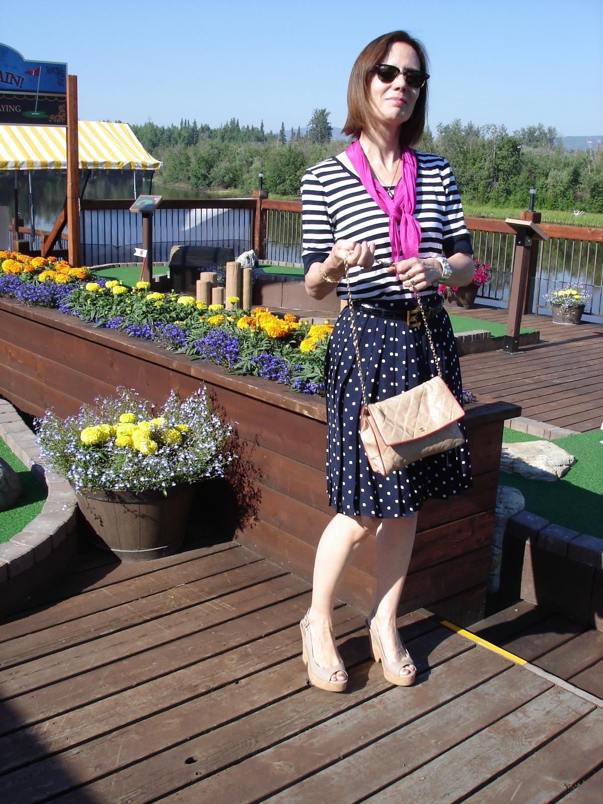 #40 #50 how 2 dress 4 a picnic over 40 | High Latitude Style | http://www.highlatitudestyle.com