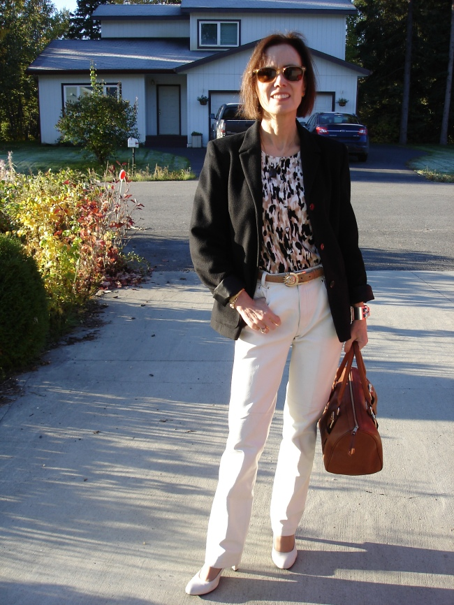 #styleover40 mature look with leather pants for the office @ http://www.highlatitudestyle.com