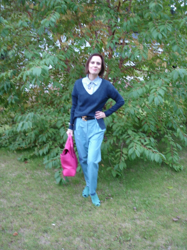 #over40 Casual work look | High Latitude Style | http://www.highlatitudestyle.com