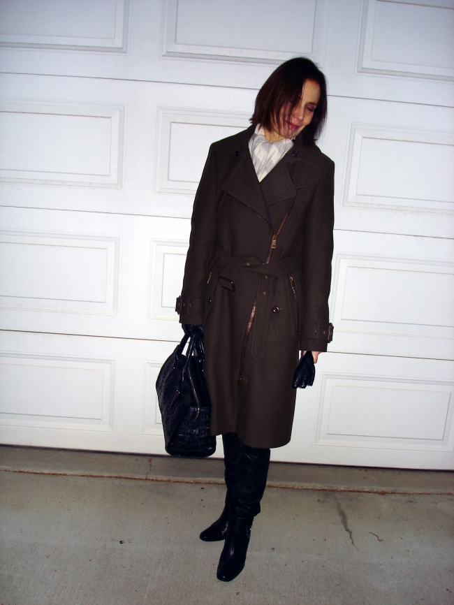 matureStyle Winter look with Burberry motorcycle coat
