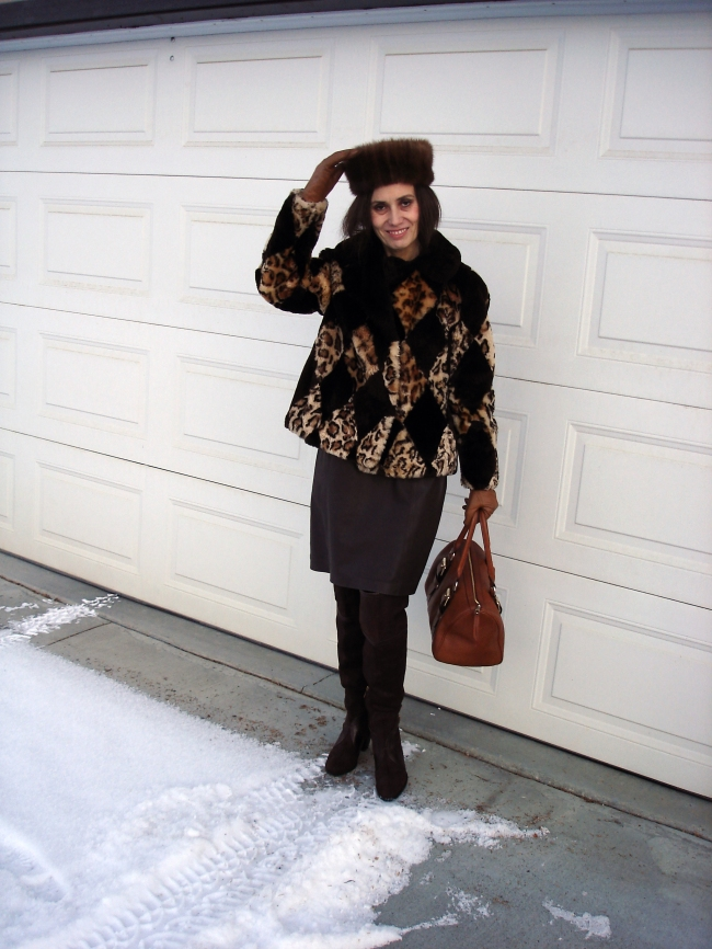 #fashionover40 woman in classic winter outfit