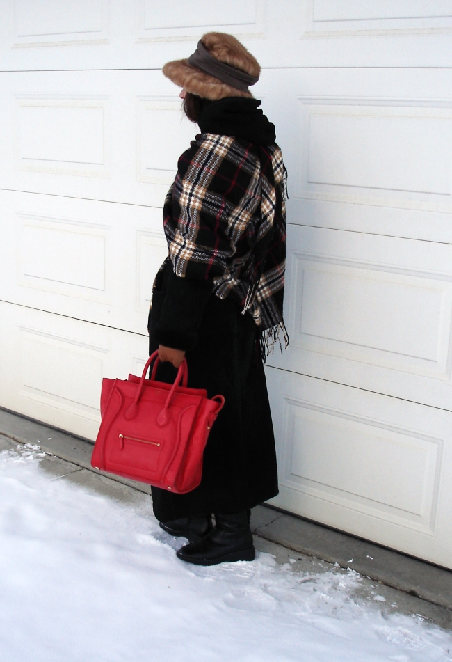 #over40  Winter outfit to stay warm at freezing temperatures | High Latitude Style | http://www.highlatitudestyle.com