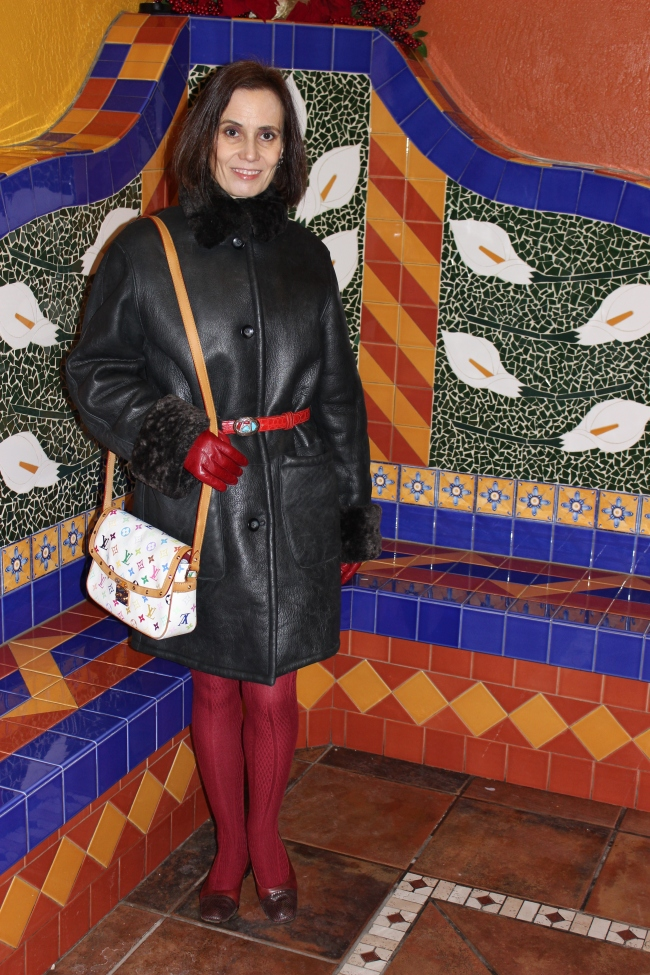 #over40 Mature woman in winter outfit| High Latitude Style | http://www.highlatitudestyle.com