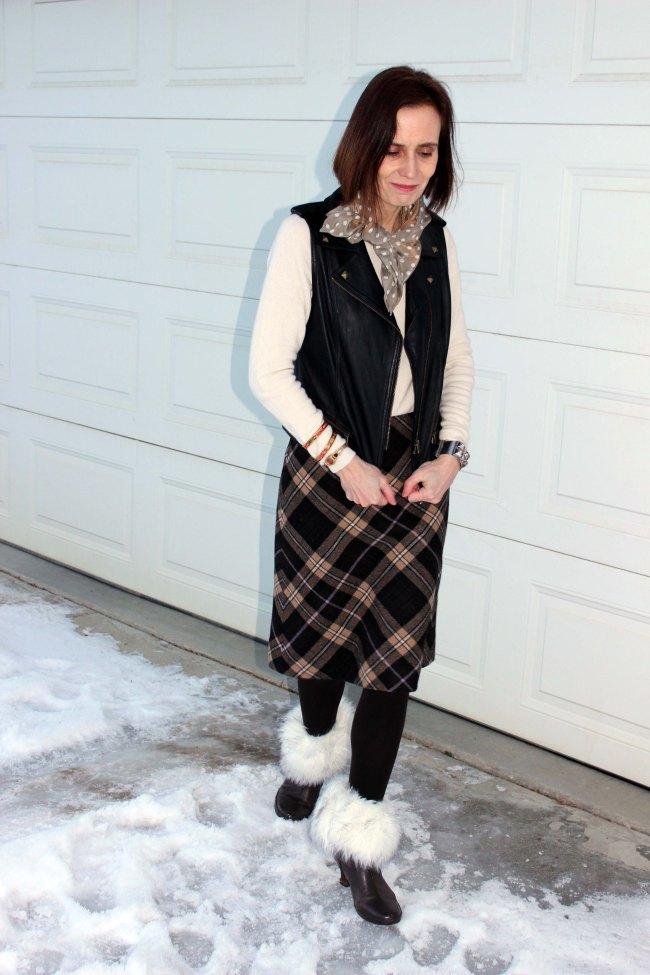 #mature-women #streetstyle #over40 http://www.highlatitudestyle.com  Streetstyle over 40