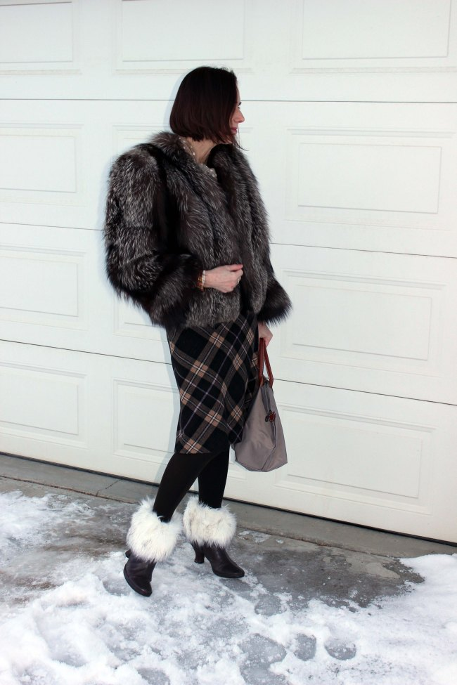 #mature-women #outerwear #top-of-the-Boot http://www.highlatitudestyle.com  Streetstyle worn by a mature woman