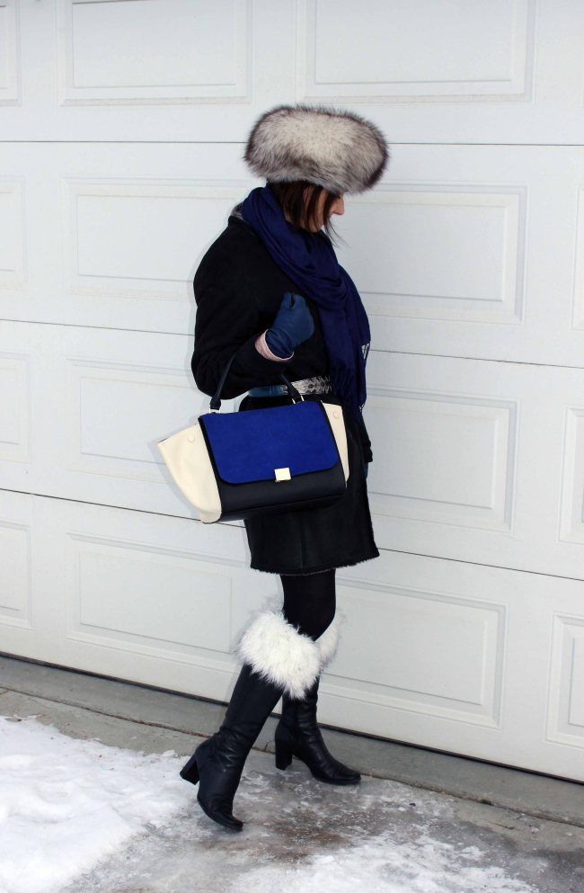 #TopOfTheBoot Stylish winter outfit with boot toppers