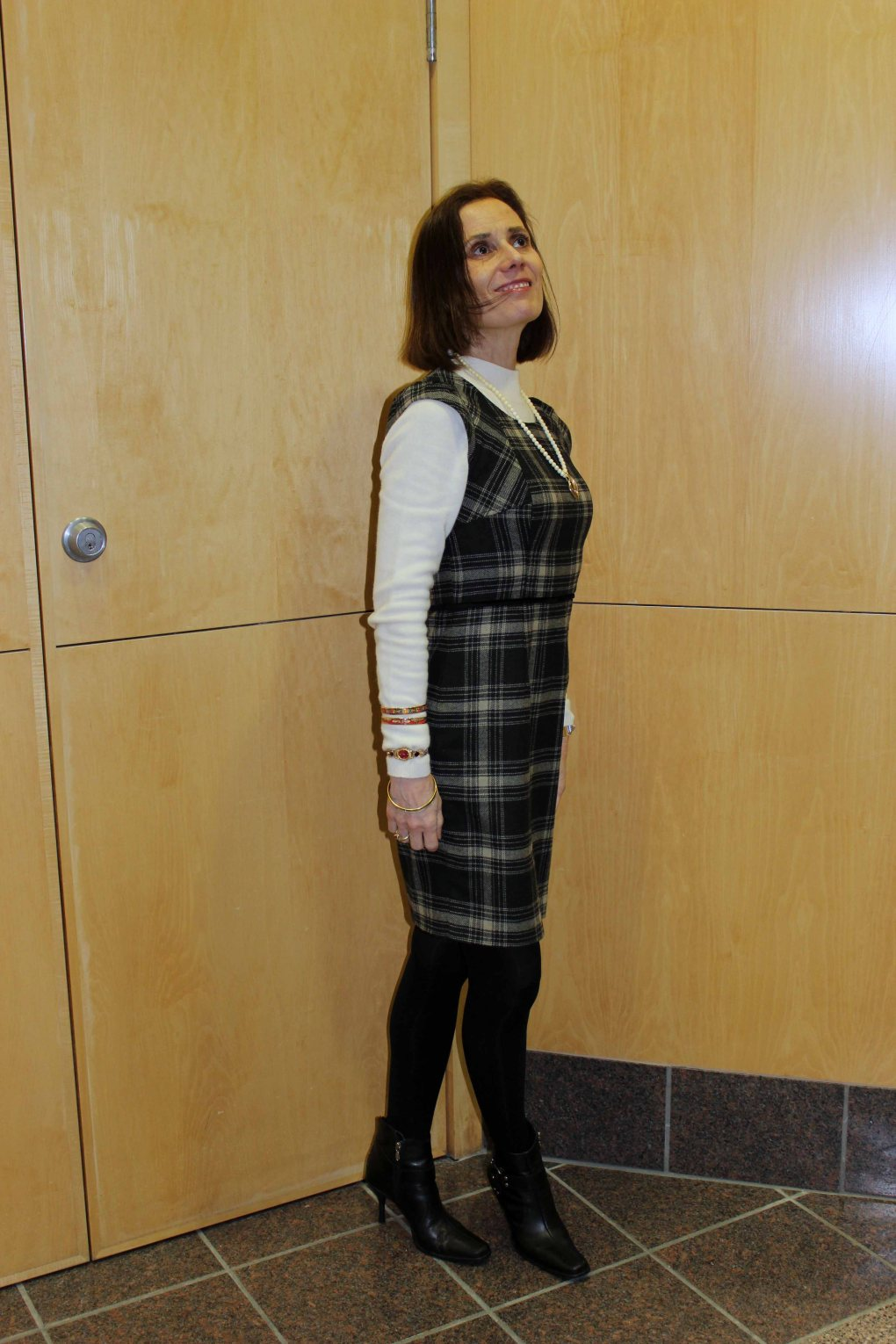 fashionover40 woman in an office outfit