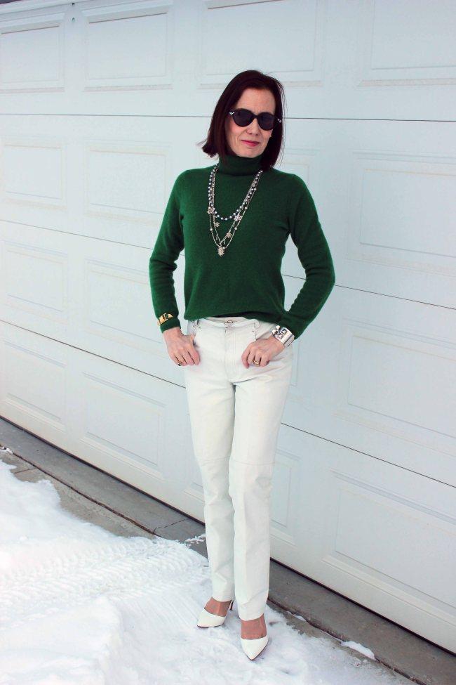 Mature women casual style | High Latutude Style | http://www.highlatitudestyle.com