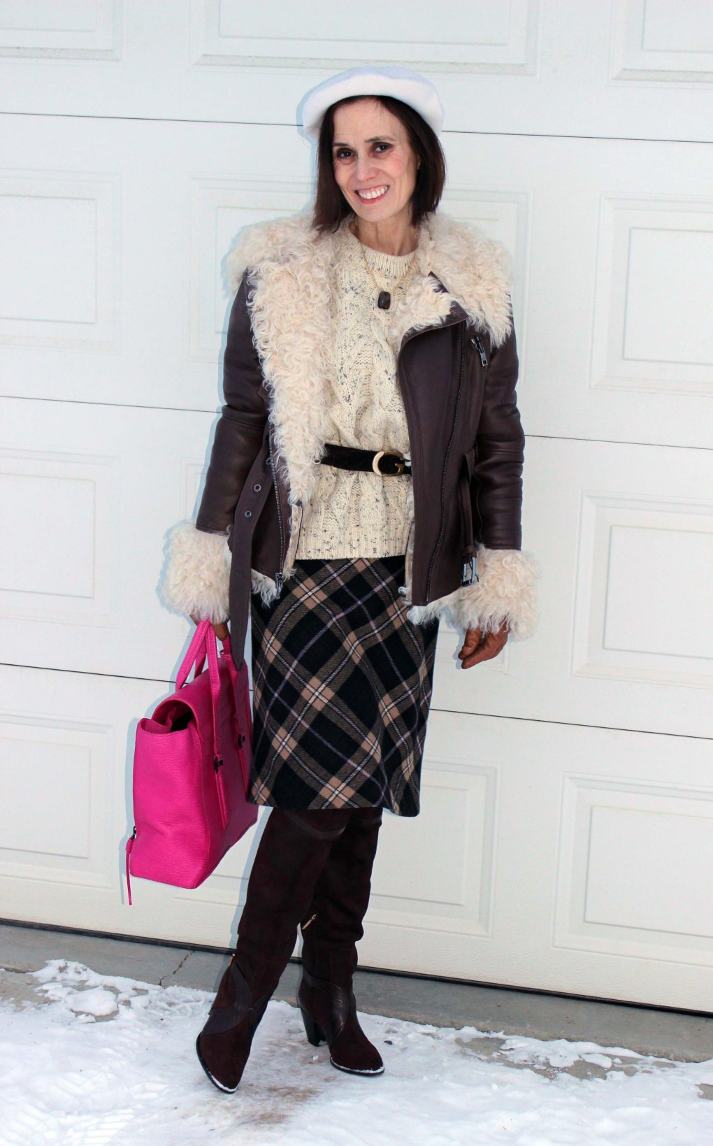 #maturefashion woman in over-the-knee boots and skirt weekend look