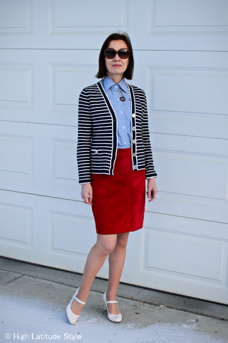 #fashionover40 Jackie O. sunglasses with an office appropriate outfit for lunch break | High Latitiude Style | http://www.highlatitudestyle.com