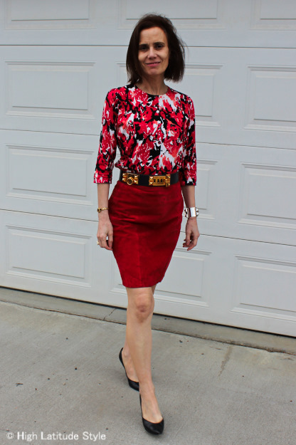 #fashionover40 work outfit with suede skirt and floral top