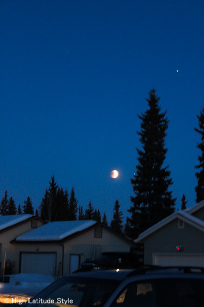 Moon eclipse | High Latitude Style | http://www.highlatitudestyle.com