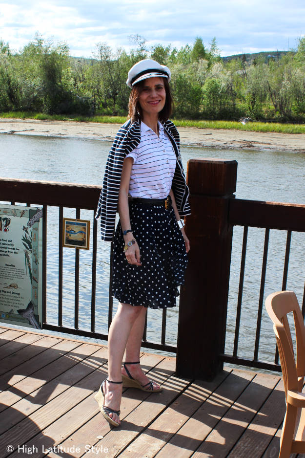 #fashionover40 outfit for dinning out on the river in summer @ http://www.highlatitudestyle.com
