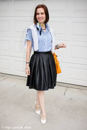 #over40and50fashion Spring trend 2015 gingham shirt | High Latitude Style | http://www.highlatitudestyle.com |http://shrsl.com/?~7y0t