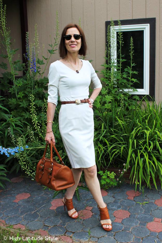 #LookbookStoreReview #LookbookStore V-neck dress styled for work