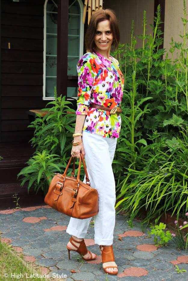 #HighLatitudeCStyle #FloralTop #whiteBFjeans #LongchampBag #MichaelKorsStrappyHeels