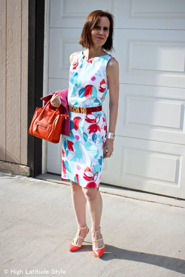 #fashionover50 40+ woman in floral sheath dress