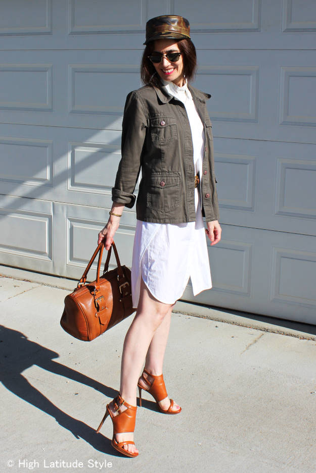mature Style 40+ woman wearing a LWD in a casual way