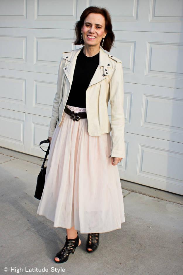 #streetstyle #LookbookStore #HighLatitudeStyle #wearingPastelsinFall  http://wp.me/p3FTnC-2v3