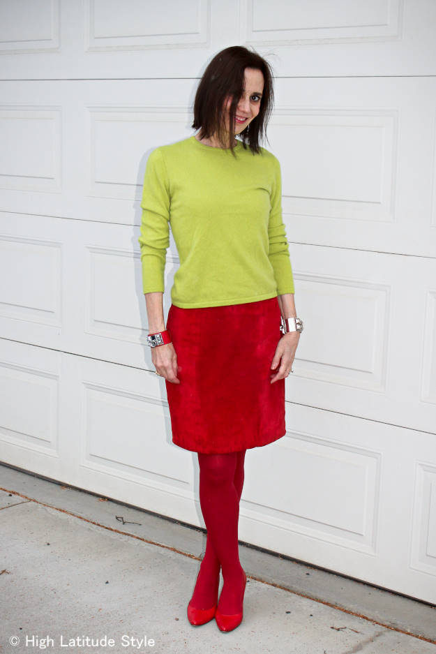 #colorblocks mature woman wearing colorblocks