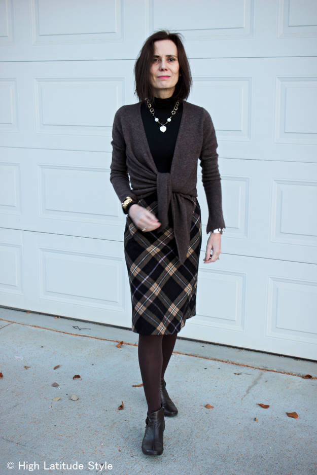 styleover40 woman wearing layers