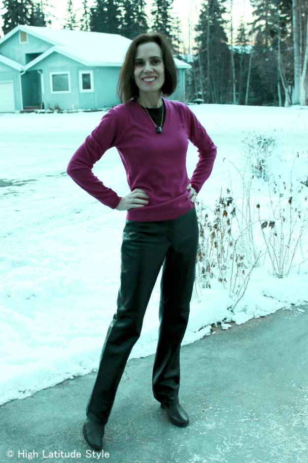 over40fashion woman in American  classic, elegant winter look