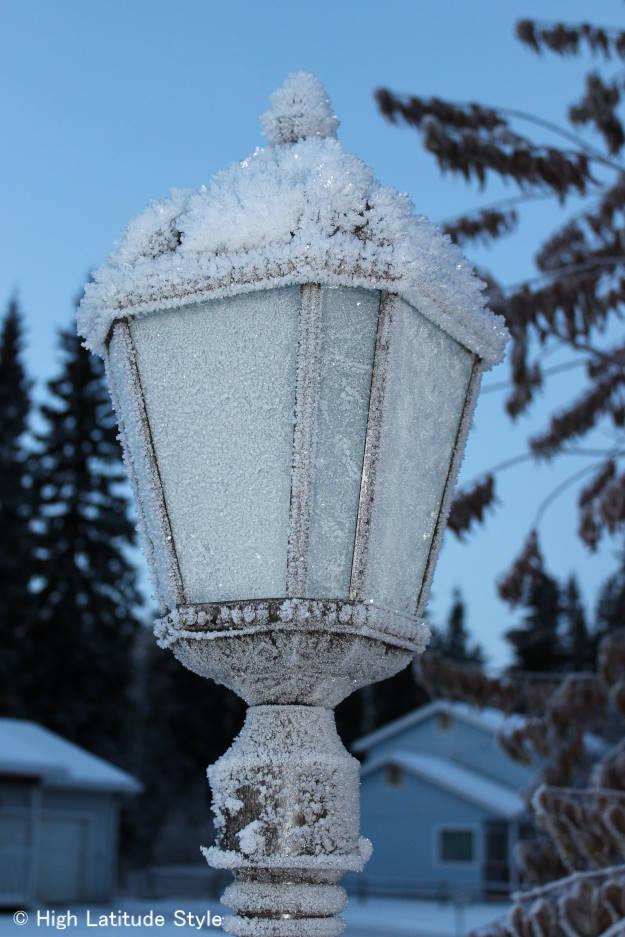 #solarLamp #snowmetamorphism hoar on a solar lamp in Alaska  http://wp.me/p3FTnC-2AD