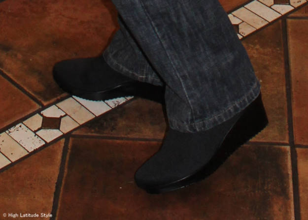fashion over 40 Spring Step Marsha comfort shoes  close-up | High Latitude Style | http://www.highlatitudestyle.com