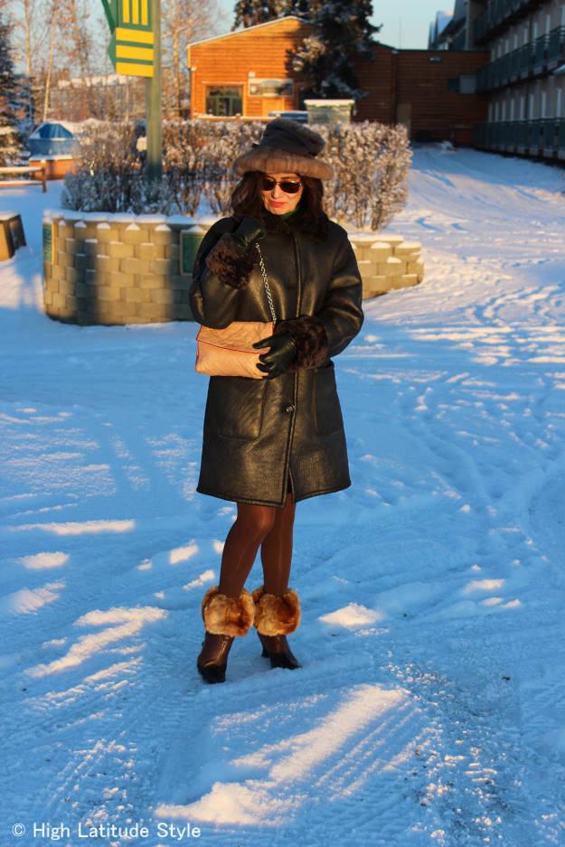 Elegant, warm winter look for women over 40