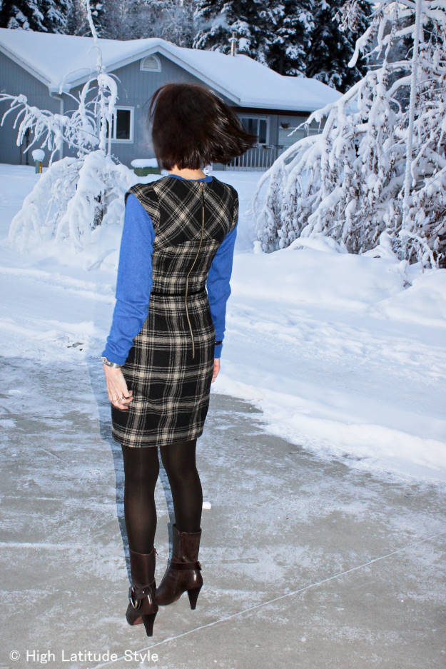 fas hion over40 woman in plaid sheath dress