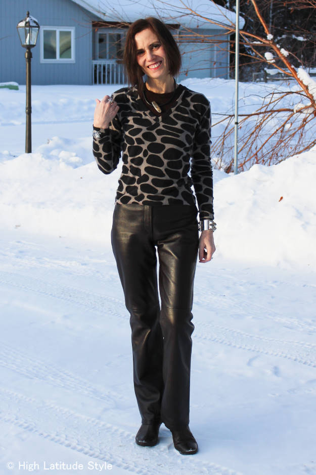 #over40fashion woman in winter office look