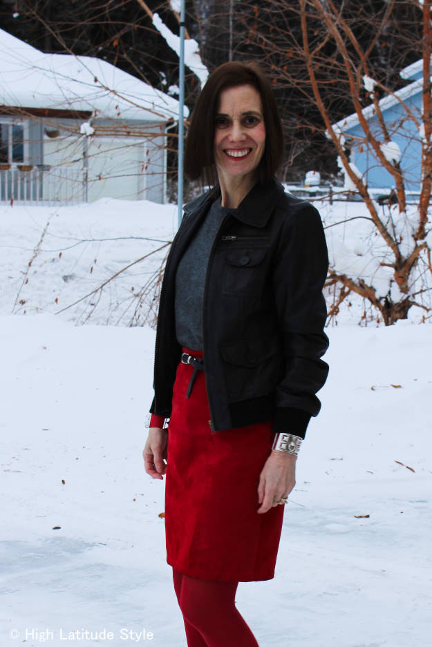 #over40fashion mature woman in casual work outfit @ http://www.highlatitudestyle.com