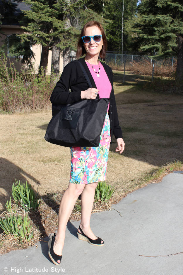 #Jill.E outfit with tablet tote c/o Jill.E | High Latitude Style | see http://wp.me/p3FTnC-3ec for a review