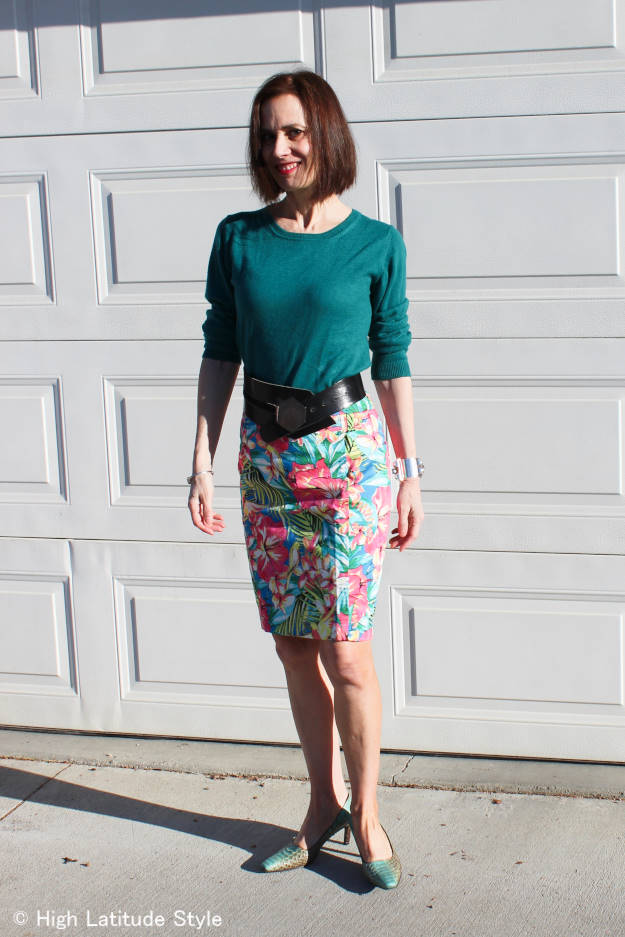 #over40 tropical print pencil skirt | High Latitude Style | http://www.highlatitudestyle.com