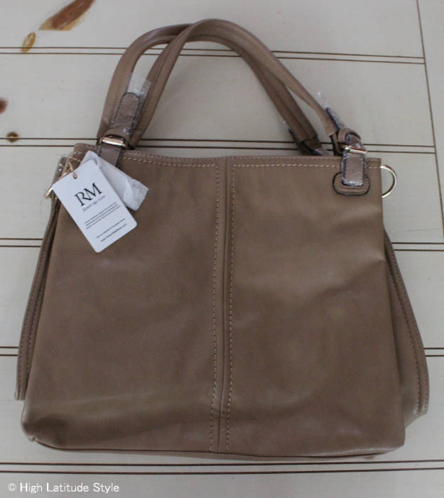 #RobertMatthew #review Emily shoulder tote | High Latitude Style | http://wp.me/p3FTnC-3fW