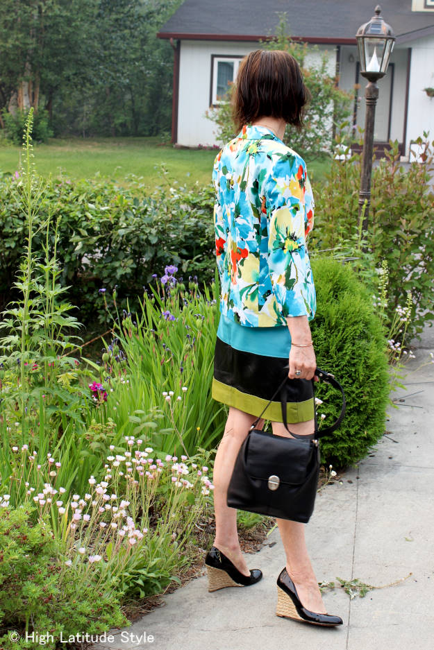 #maturefashion colorful daring outfit over 40 @ http://www.highlatitudestyle.com