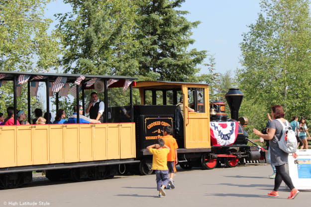 #travel #Alaska histroic steam engine coal-fired train | High Latitude Style | http://www.highlatitudestyle.com
