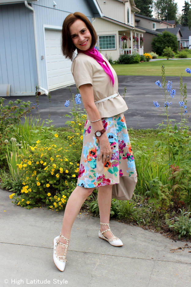 #fashionover40 #fashionover50 gettiing more out of my wardrobe by wearing a dress as skirt | High Latitude Style | http://www.highlatitudestyle.com