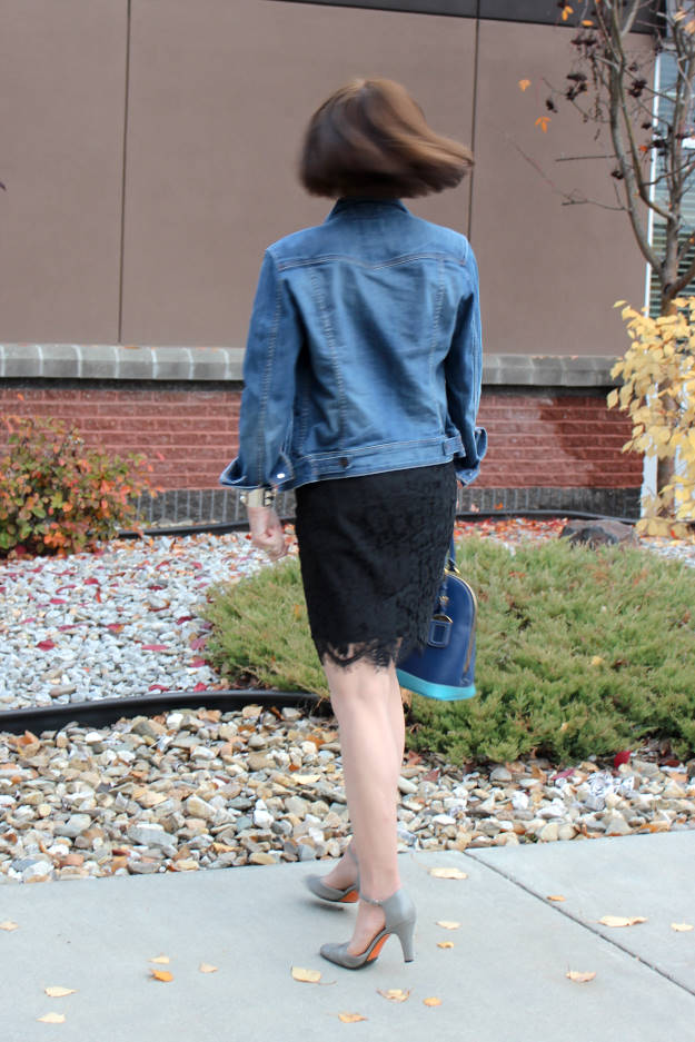 #maturefashion fall work outfit worn by a real woman over 50