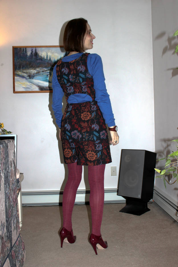 midlife woman in chic work outfit with No nonsense tight