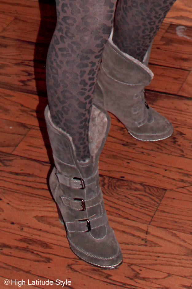 #maturestyle Söft booties and leopard print tight over 40 at High Latitude Style