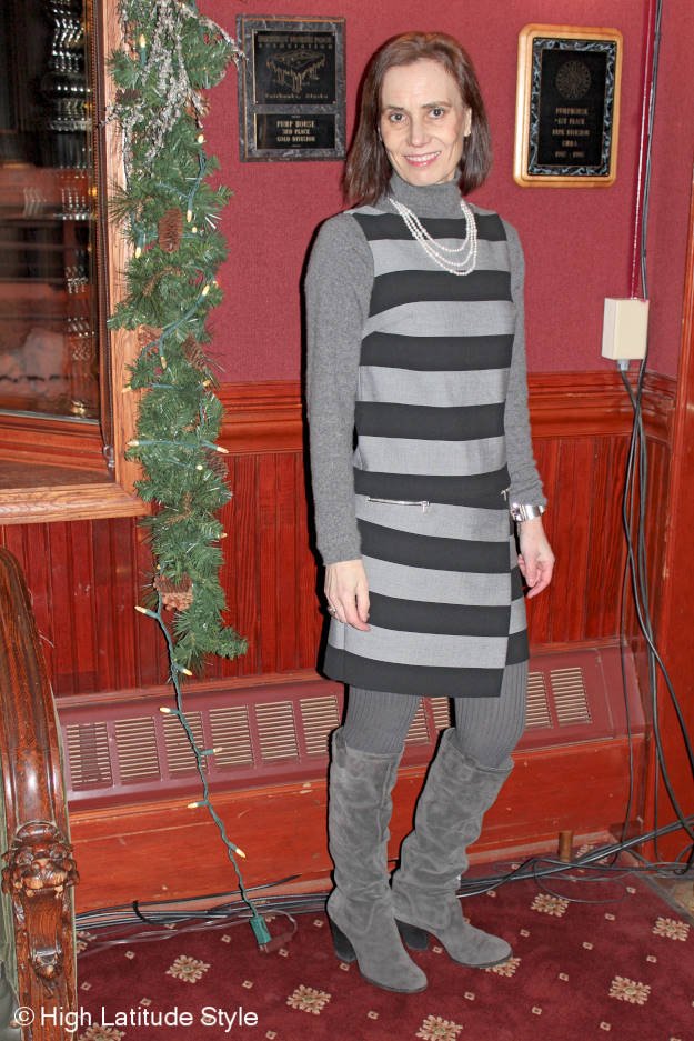 40+ fashion  winter work outfit @ High Latitude Style @ http://www.highlatitudestyle.com