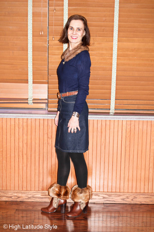 style over 40 woman in casual winter office look