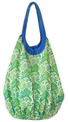 NeedhamLane enter the Needham Lane pineapple beach tote giveaway
