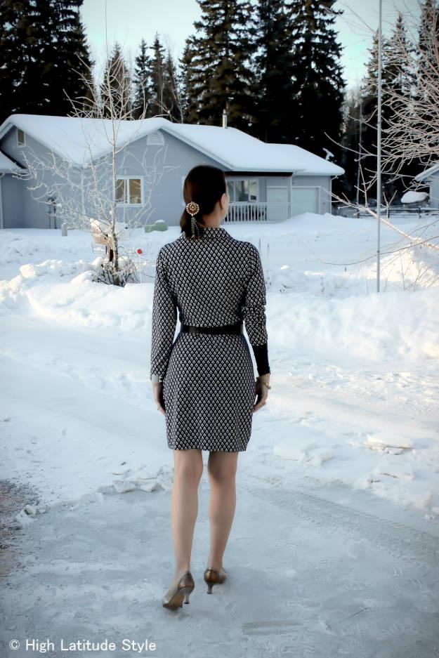 maturefashion back view of printed wrap dress
