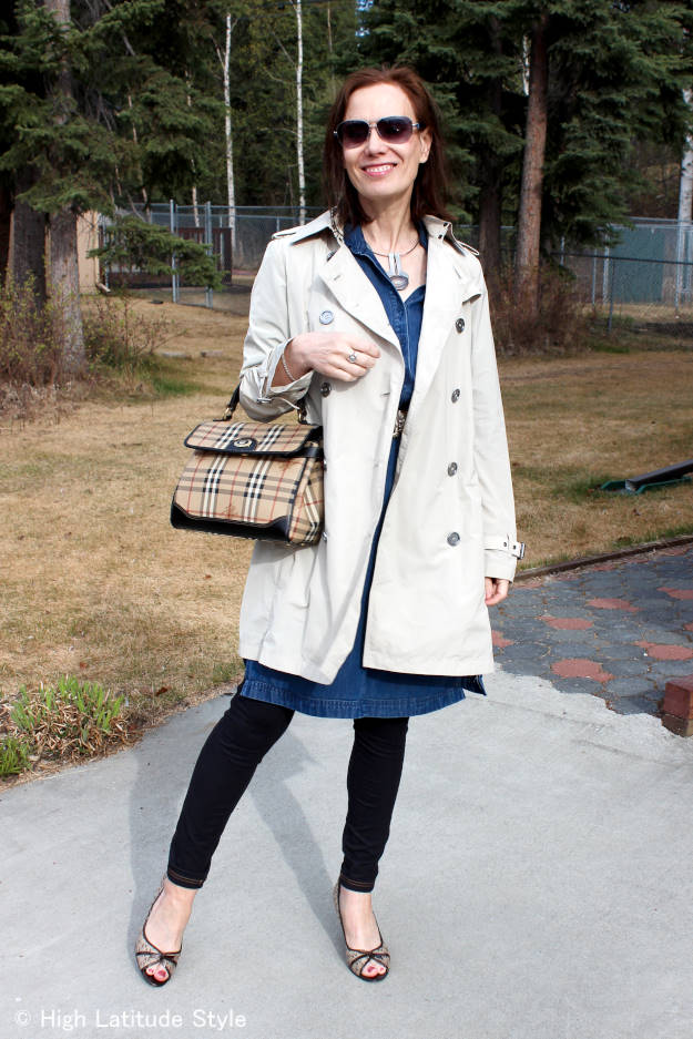 #TopOfTheWorldStyle #linkup party every Thursday @ http://wwww.highlatitudestyle.com Casual Friday work outfit