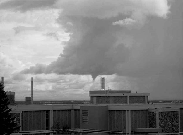 #FocusAlaska funnel cloud over Fairbanks, AK in Best posts of May @ http://wp.me/p3FTnC-4RL
